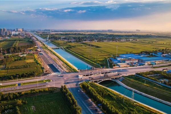 The landscape bridge in Xingtai, Hebei Province.