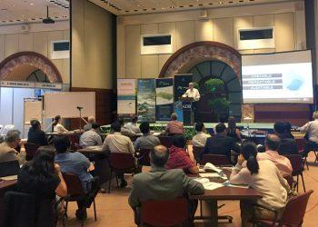 Don Blackmore, eWater/IWMI, presenting at the Australian WaterTools workshop