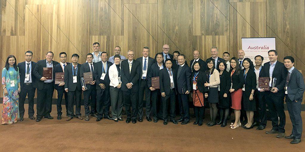 Photo: Australian and Vietnam utilities with the AWP CEO, AWA President and Vietnam Ambassador to Australia receiving their awards at Ozwater'19 (credit: AWA).